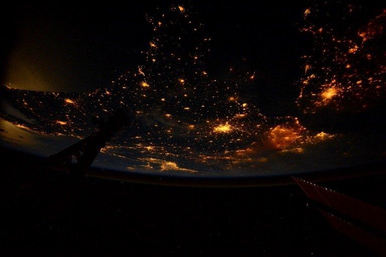 kak-vyglyadyat-goroda-iz-kosmosa-11