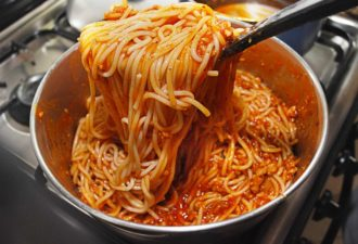 make-a-quick-italian-spaghetti-step-9