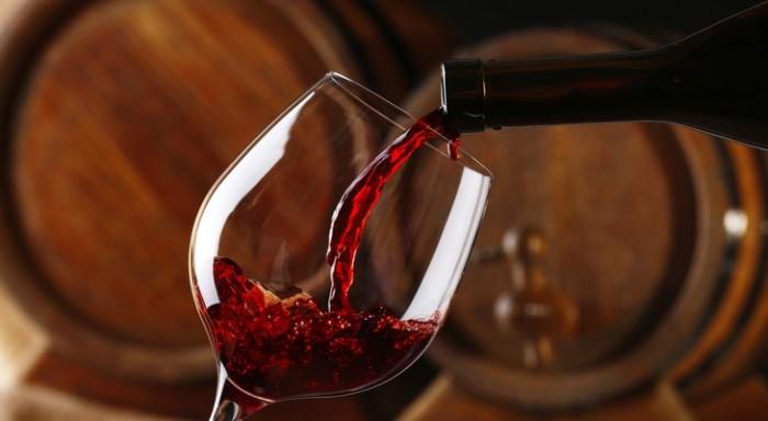 kak-hranit-otkrytoe-vino
