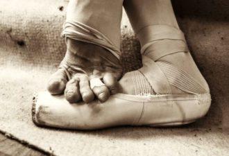 moshhnye-zakulisnye-foto-balerin-15