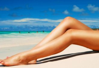 Beautiful-Legs-and-Beach-wallpaper-desktop-hd-wallpaper-1280x1024-9-50641de494dc5-9839-750x600